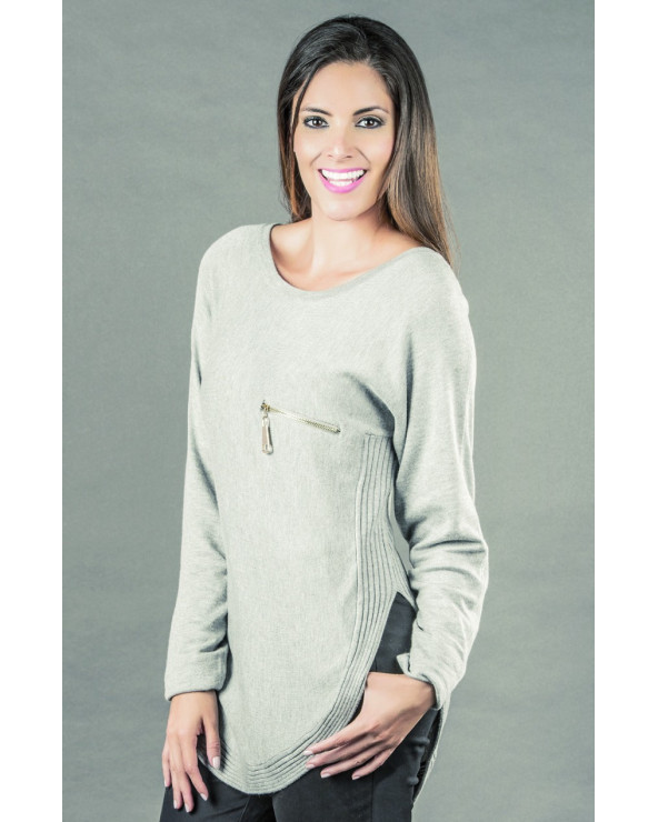 Priority Chompa Sweater Reina