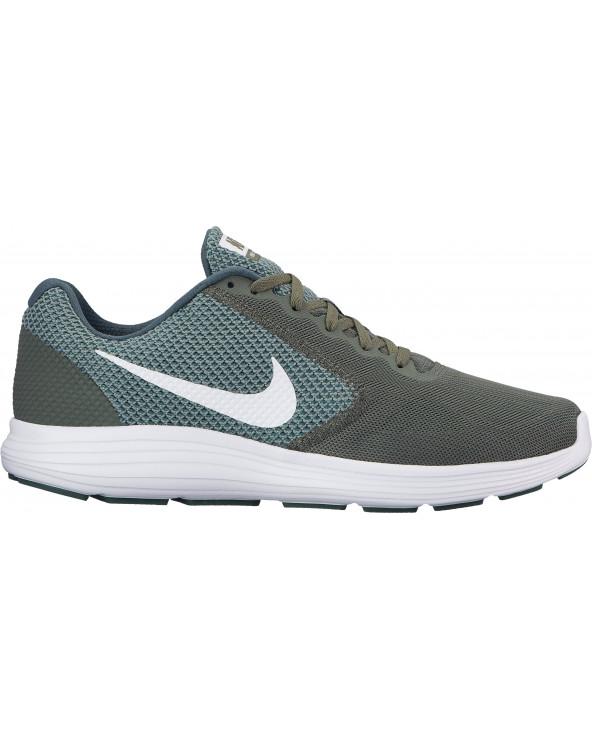 Nike Revolution 3...