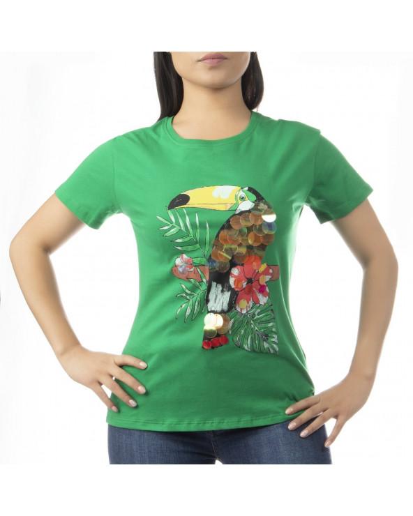 Características: Polo dama Colores verde y blanco Manga corta Cuello redondo